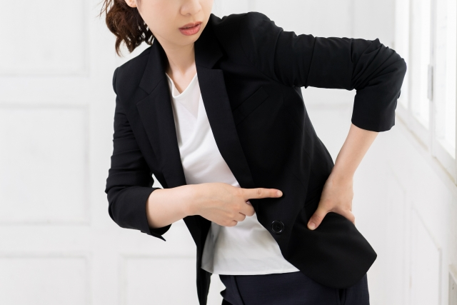 腰が痛い 東京脊椎クリニック